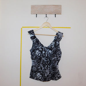 Swimsuits For All Swim - NWT Black and white floral Ruffle Tankini Top